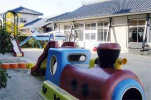 湯田幼稚園 園舎全景