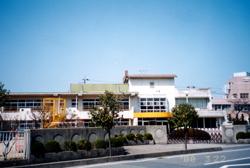 認定こども園 萩光塩学院幼稚園 園舎全景