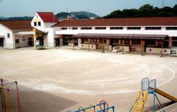 認定こども園 下関短期大学付属第一幼稚園 園舎全景